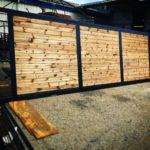 Poarta glisanta din fier forjat si lemnt