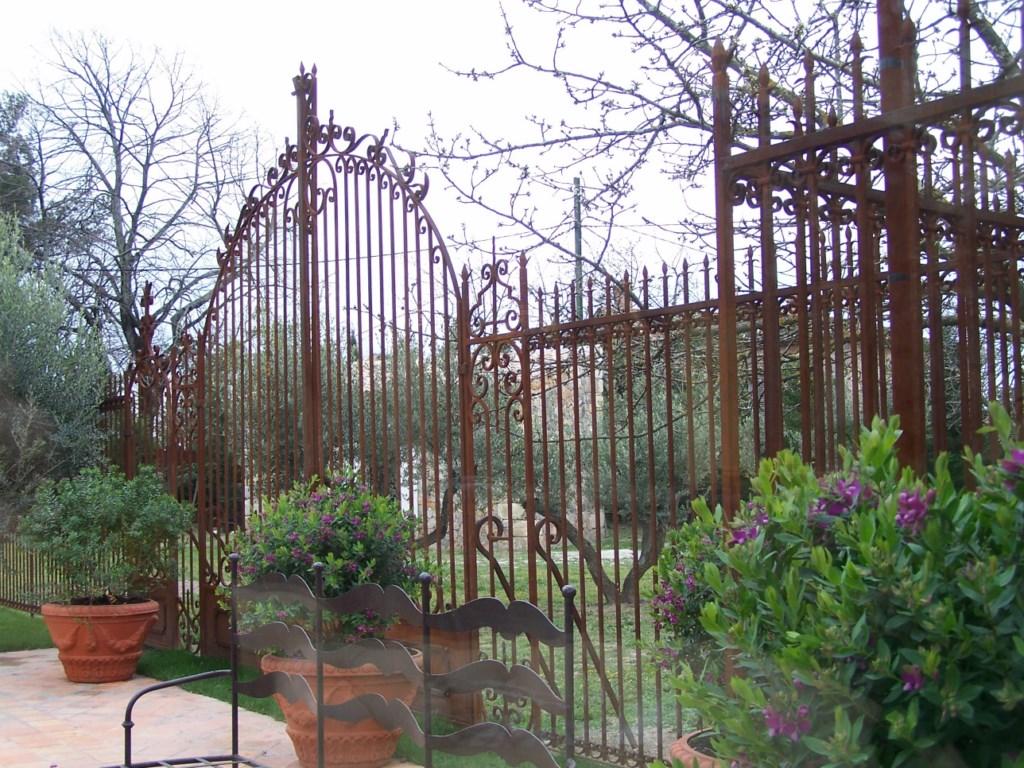 gard din forjat model St Tropez