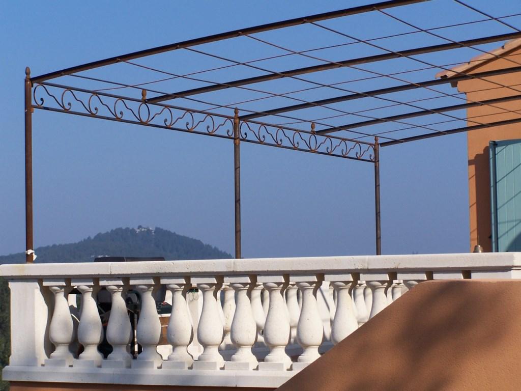 Copertina din fier forjat model Trianon